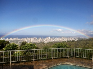 Honolulu measured by a rainbow